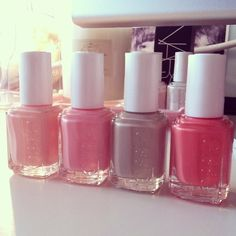 Essie nailpolishes
