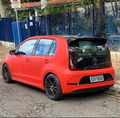 Volkswagen Up, Vw Up, Modified Cars, Lowrider, Fiat, Cool Cars, Super Cars, Random, Board