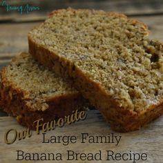 Large Family Banana Bread Recipe - a lower sugar recipe that makes 4 loaves! Sweet Banana Bread Recipe, Banana Nut Bread, Banana Bread Recipes, Sweet Bread, Large Family Meals, Big Meals, Easy Meals, Breakfast Time, Breakfast Recipes