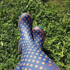 @evercreatures posted to Instagram: What beautiful weather here in the UK today, here is 📸 @feutrinelope enjoying some sun! Happy Evening. #myevercreatures . . 🌈😎  #nature #photography #landscape #wellies #gardening #fun #muddy #fashion #countryside #rurallife #winterboots #britishfashion #britishstyle #britishcountryside #walk #relax #familytime #festival #party #summer #blossom #summerfestivals #festivalfashion #rural #musicfestival #garden #mud #festivalse Funky Wellies, Happy Evening, Uk Today, British Countryside, Party Summer, Festival Party, British Style, Festival Fashion, Hunter Boots