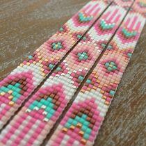 off loom beading stitches Loom Bracelet Patterns, Bead Loom Bracelets, Bead Loom Patterns, Jewelry Patterns, Beading Patterns, Beading Ideas, Bead Embroidery Patterns, Beaded Embroidery, Bead Loom Designs