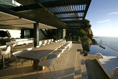 Mwanzoleo - Luxury Holiday Villa in Bantry Bay, Cape Town (South Africa)