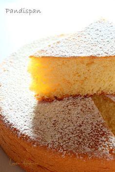 Pandispan clasic - the best, the simplest, yummyest, flufffyest Tart Taste, Sugar Cravings, Sponge Cake, Food Cakes, Soul Food, Cornbread, Vanilla Cake, The Best, Cake Recipes