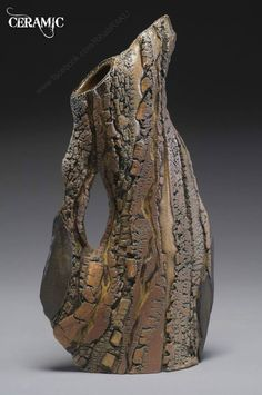 natur texture Carrie Doman Jug exploring natures textures through clay. Ceramic Pitcher, Ceramic Teapots, Ceramic Pottery, Pottery Art, Sculptures Céramiques, Sculpture Art, Carrie, Pottery Sculpture, Pottery Designs