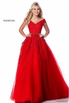 Sherri Hill 51905 dress for your next formal event at The Castle. We are an authorized retailer for all Sherri Hill dresses and every 51905 is brand new with all original tags! Red Ball Gowns, Tulle Ball Gown, Ball Gowns Prom, Tulle Prom Dress, Gown Dress, Sherri Hill Prom Dresses, Prom Dress Stores, Pageant Dresses, Quinceanera Dresses