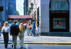 Wonderful Color Photographs of Fifth Avenue, New York City in the 1970s