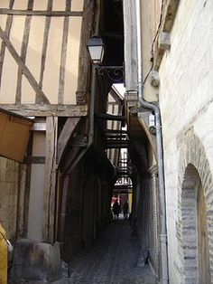 Ruelle des Chats (Troyes - Aube - FRANCE)