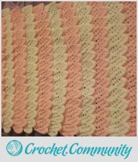 EDITOR'S CHOICE (02/05/2016) Frills Blanket by mobilecrafts View details here: http://crochet.community/creations/4177-frills-blanket