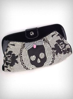 Lacey Days Skull Clutch