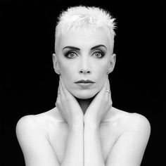Ask yourself: Have you been kind today? Make kindness your daily modus operandi and change your world. -Annie Lennox