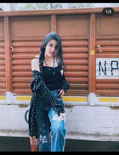 Stylish Photo Pose, Stylish Girls Photos, Stylish Girl Pic, Girl Photos, Lovely Girl Image, Cute Girl Photo, Girls Image, Teen Girl Poses, Girly Pictures