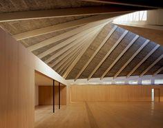 The new Design Museum, London 2016. Interior design by John Pawson. Photo Hélène Binet