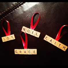 Scrabble letter ornaments Christmas craft present idea! Click for tutorial!