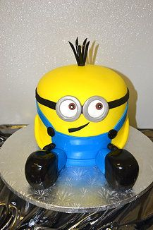 Custom kids cakes #minion