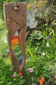 In my secret garden - Garten Kunst Stained Glass Projects, Stained Glass Patterns, Stained Glass Art, Stained Glass Windows, Mosaic Glass, Sculpture Images, Wood Sculpture, Mosaic Garden Art, My Secret Garden