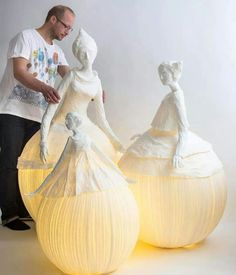 Would be beautiful in the garden at night!Ethereal Papier-Mache Lamp Sculptures of Dancers & Fairies The team of Sophie Mouton-Perrat and Frédéric Guibrunet, aka Papier à êtres, have been constructing delicate and ethereal papier mache. Paper Clay, Paper Art, Paper Crafts, Diy Paper, Paper Mache Crafts For Kids, Paper Mache Diy, Paper Book, Paper Mache Sculpture, Sculpture Art