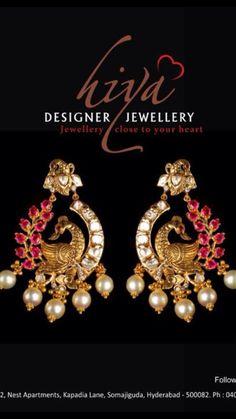 Peacock chandbali Diamond Chandelier Earrings, Gold Jhumka Earrings, Jewelry Design Earrings, Gold Earrings Designs, Gold Jewellery Design, Ear Jewelry, Antique Earrings, Antique Jewelry, Indian Wedding Jewelry