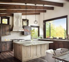 Rustic-modern dwelling nestled in the northern Rocky Mountains Modern Rustic Decor, Rustic Contemporary, Kitchen Layout, Kitchen Design, Kitchen Sink, Cosy Kitchen, Kitchen Rustic, Open Kitchen, Kitchen Ideas