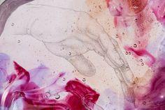 """Si è inaugurata il 20 Maggio 2016, presso la Galleria Europa al Lido di Camaiore, la mostra""""FORNACE SENTIMENTALE"""", una rassegna di opere in vetro realizzate da Nives Marcassoli, artista del vetro contemporaneo."""