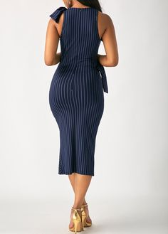 Swans Style is the top online fashion store for women. Shop sexy club dresses, jeans, shoes, bodysuits, skirts and more. African Attire, African Fashion Dresses, African Wear, African Dress, Sexy Dresses, Beautiful Dresses, Short Dresses, Dresses For Work, Classy Outfits