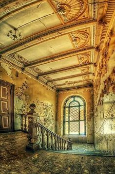 Abandoned castle in Poland Abandoned Buildings, Abandoned Property, Abandoned Castles, Old Buildings, Abandoned Places, Old Mansions, Abandoned Mansions, Beautiful Architecture, Beautiful Buildings
