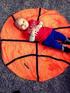 LOVE LOVE LOVE!! Custom Toddler/Baby Basketball Blanket with your choice of NBA team fleece backing. $45.00, via Etsy.