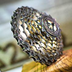 a013ff013dec1 19 najlepších obrázkov z nástenky art | Bicycle art, Parts of bike a ...