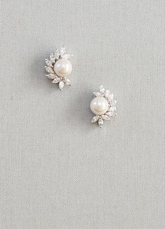 Art deco inspired diamante and pearls earrings, post back earrings, elegant!