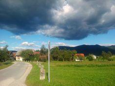 :: De tien meest betoverende uitzichten in Slovenië Bohinj, Bergen, Golf Courses, Tourism, Camping, In This Moment, Vacation Ideas, Soda, Nature