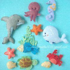 Resultado de imagem para under the sea creatures felt templates Baby Crafts, Felt Crafts, Crafts For Kids, Sewing Crafts, Sewing Projects, Craft Projects, Felt Fish, Felt Finger Puppets, Felt Baby