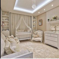 Gender neutral baby nursery room design with recessed lighting. Baby Bedroom, Baby Boy Rooms, Baby Room Decor, Nursery Room, Girls Bedroom, Bear Nursery, Room Baby, Baby Nursery Neutral, White Nursery
