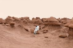 BEYOND EARTH: Julien Mauve - Greetings From Mars - a playful look at Martian Tourists