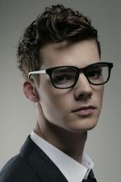 The Pompadour Hairstyle has been one of the favourite styles among men and is also the most trending hairstyles. Check out these 6 amazing styles of pompadour and choose your favourite among them. Hairstyles For Teenage Guys, Top Hairstyles For Men, Cool Short Hairstyles, Modern Hairstyles, Hairstyles Haircuts, Haircuts For Men, Short Haircuts, Medium Hairstyles, Wedding Hairstyles