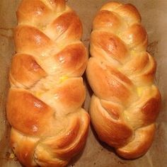 Sweet Challah Challah Bread Recipes, Famous Recipe, Bread Machine Recipes, Jewish Recipes, Bread Rolls, Sweet Bread, Pain, Biscotti, Salmon