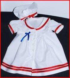Ein zuckersüßes Taufkleid mit Hütchen für die Kleinsten!  Im Matrosenstil, und da zur Farbaktion des Monats *MaiLove* gearbeitet zur konservativen ...