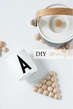 DIY coaster of semi-wooden spheres Diy Craft Projects, Diy Crafts, Diy Tableware, Diy Porch, Terrarium Diy, Terrariums, Diy Coasters, Craft Markets, Diy Blog