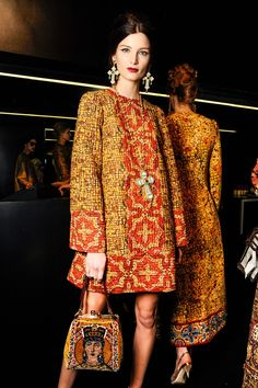 Dolce & Gabbana Fall 2013 Ready-to-Wear Collection - Vogue Fashion Week, Look Fashion, Runway Fashion, High Fashion, Womens Fashion, Fashion Design, Fashion Trends, Vogue, Style Russe