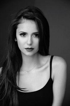 Imagem de Nina Dobrev, the vampire diaries, and tvd