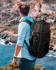 """La serie de bolsos de Inateck os proporciona la solución ideal para el viaje, los negocios, la diversión y la fotografía. Cada bolso está diseñado para ser cómodo, hermoso y seguro. El lema de Inateck es""""Experience is everything!"""" Lema, Sling Backpack, Backpacks, Bags, Fashion, Travel Backpack, Products, Cabin Size Suitcase, Cabins"""