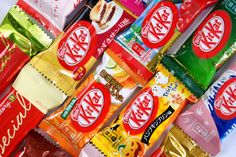 Om Nom Nomad - Japanese Kit Kat Japanese Kit Kat Flavors, Candy Board, Japanese Candy, Nom Nom, Snack Recipes, Treats, Food, Snack Mix Recipes, Sweet Like Candy
