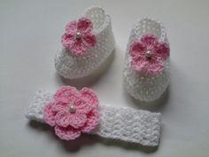 Crochet Baby Booties and Headband £11.50