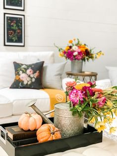 Fall Botanical Inspired Family Room #falldecor #fall Fall Living Room, Cozy Living Rooms, Living Room Decor, Fall Flowers, Large Flowers, Summer Flowers, Large Flower Arrangements, South Carolina Homes, Flower Farm