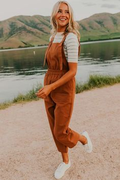 Outfits They are so comfortable, they match all of my favorite tops already, and I can wear them a million different ways. More trendy overalls and tops to go with them available at your favorite Utah based boutique, ROOLEE! Preppy Outfits, Casual Summer Outfits, Winter Outfits, Cute Outfits, Fashion Outfits, 70s Fashion, Winter Fashion, Fashion Hats, Fashion 2020