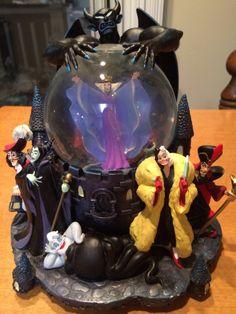 Disney Villains Snow Globe
