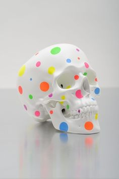 Jiri Geller Happy death or clown skull?