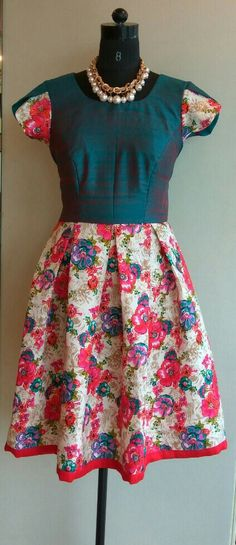 Floral box pleated dress.