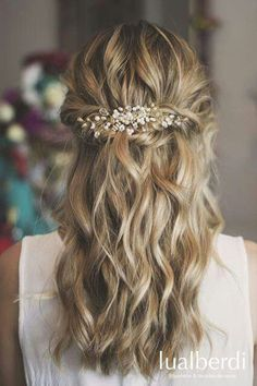 Super 15 easy hairstyles that you can celebrate at weddings .- Super 15 easy hairstyles that you can celebrate at weddings «Hair … Prom Hairstyles For Long Hair, Boho Hairstyles, Wedding Hairstyles, Ladies Hairstyles, Simple Hairstyles, Hairstyle Ideas, Wedding Hair And Makeup, Bridal Hair, Hair Wedding