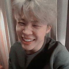 Jimin // Type Of Boyfriend Bts Jimin, Bts Bangtan Boy, Park Ji Min, Jikook, Foto Bts, Bts Photo, Mochi, Mamamoo, K Pop