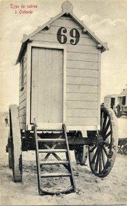olde beach hut