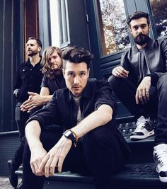 I love it when Dan Smith looks slightly miserable